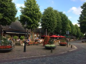 Het gezellige centrum van Eersel, met zijn vele restaurants en terrasjes.